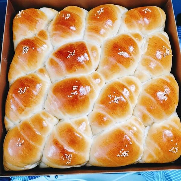 奶香卷卷拉丝小面包揉出有韧性的手套膜