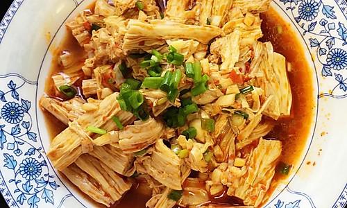 凉拌菜豆笋(腐竹)的做法