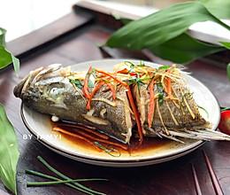#今天吃什么# 清蒸鲈鱼的做法