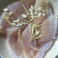 香煎巴沙鱼的做法图解1