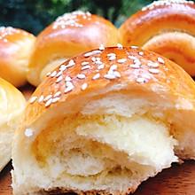 椰蓉奶油面包卷卷