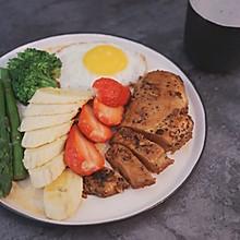 销魂早餐-蒜香鸡胸肉
