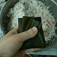 广式粽子的包法的做法图解12
