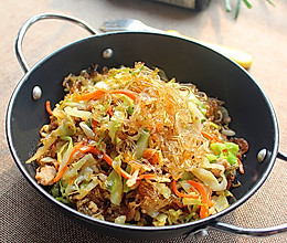 #菁选酱油试用之圆白菜炒粉丝的做法