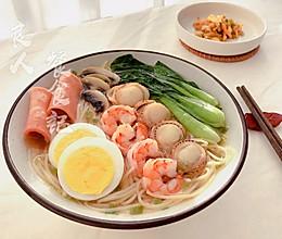 快速懒人早餐【海鲜面条】的做法