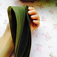 想学包端午粽子的一定要看看--超详细包四角碱水粽步骤的做法图解8