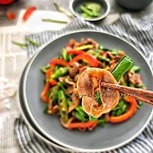 蒜苗鸡胗#快手又营养,我家的冬日必备菜品#