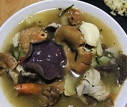 野生菌汤的做法