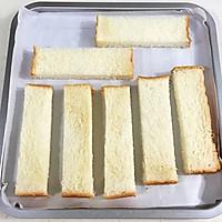 #花10分钟,做一道菜!#蒜蓉吐司条的做法图解5