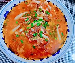 #我们约饭吧#春-夏季补钙少不了菌菇西红柿牛尾汤的做法