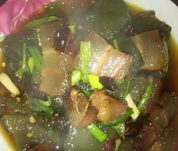 蕨根粑炒腊肉的做法