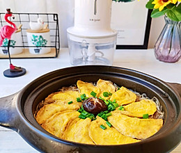 有荤有素的白菜蛋饺煲的做法
