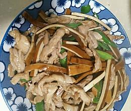家常香干炒肉丝的做法