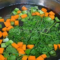 时蔬沙拉拌意面的做法图解2