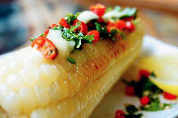 墨西哥辣椒黄油烤玉米的做法