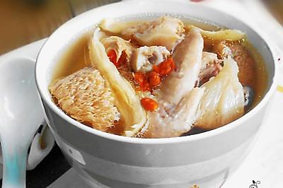 黄芪猴头菇鸡汤