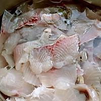 飘香酸菜鱼的做法图解5