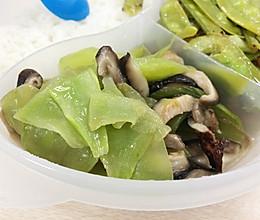 香菇炒莴笋--抗衰老的食谱的做法