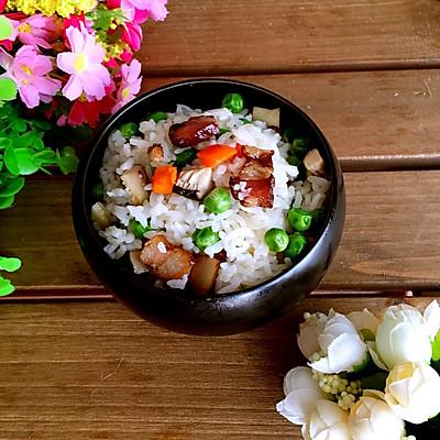 豌豆腊肉焖饭