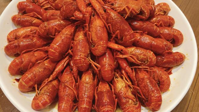 超简单的卤小龙虾的做法