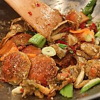 香辣蟹——《茜你一顿饭》叶一茜亲手制作的心头美味的做法图解6
