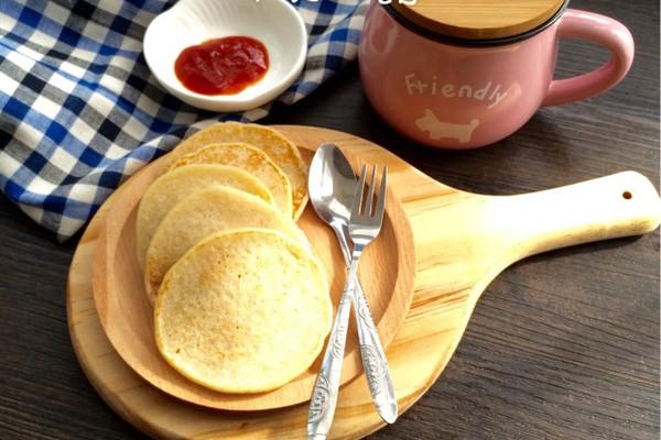 香蕉松饼~早餐之选的做法