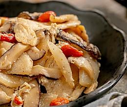 #快手又营养,我家的冬日必备菜品#梨炒鸡|脆爽滋润的做法