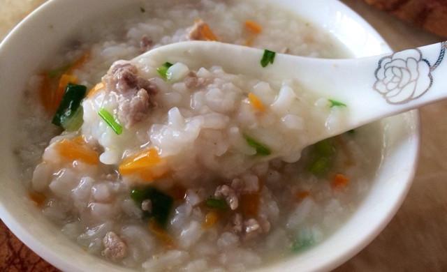 宝宝食谱—胡萝卜瘦肉粥