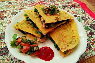 金枪鱼菠菜蘑菇凯撒蒂亚(附墨西哥玉米饼做法)