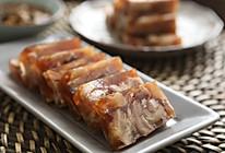 猪蹄这样炖一炖冻一冻,晶莹剔透又香又好吃哦——猪蹄冻的做法