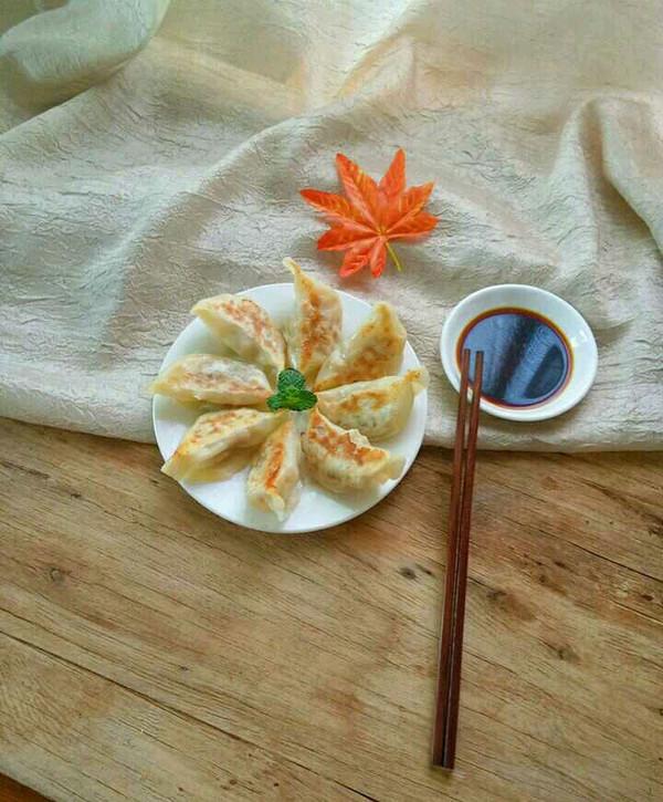 电饭锅做煎饺的做法
