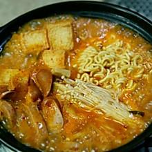 【韩式料理】の 部队汤or大酱汤