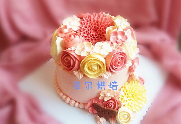 如何做一款好吃不油腻的韩式裱花蛋糕的做法