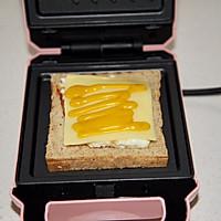 黄瓜鸡蛋热压三明治#花10分钟,做一道菜!#的做法图解9