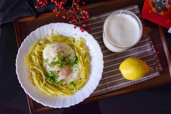 土豆丝鸟巢蛋的做法