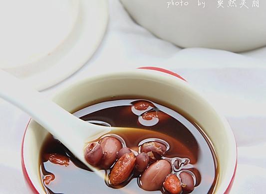 补气补血暖汤--五红粥