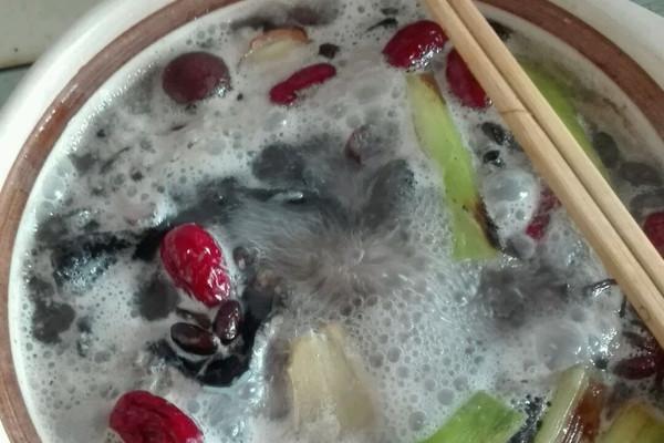 夏季补汤乌鸡汤的做法