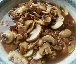 口蘑肉片的做法