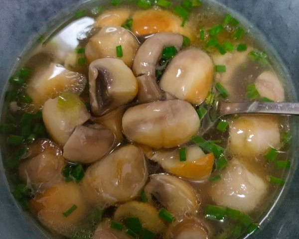 鲜掉眉毛的原汁原味口蘑汤