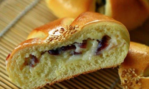 【蔓越莓乳酪面包】-COUSS E5(CO-5201)出品的做法