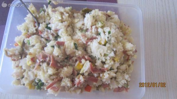 培根榨菜蛋炒饭的做法