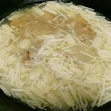 肉片金针菇汤
