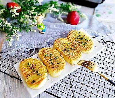 葱香黄金馒头片