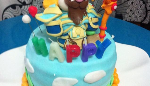 超有愛的魔獸翻糖彩虹蛋糕的做法