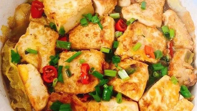天冷了,来碗热乎乎的白菜豆腐煲,这样做的白菜豆腐真是太香了!的做法