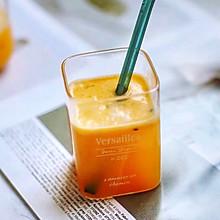 #百变水果花样吃#胡萝卜苹果汁