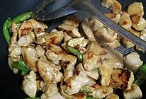 鸡胸肉炒辣椒的做法