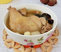 姬松茸竹荪菌菇汤的做法