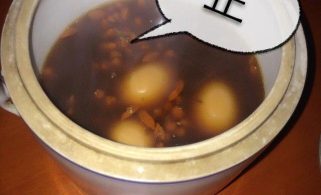 阿胶炖鸡蛋