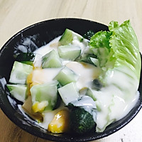 水水果酸奶沙拉